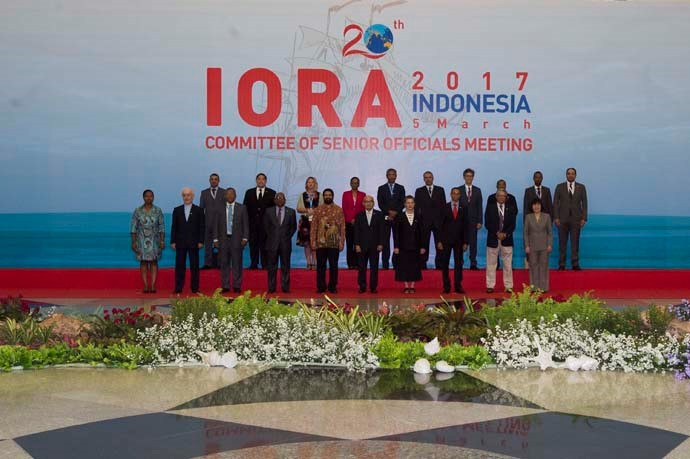 A number of Senior Officials of IORA Member States in a group photo before attending the Senior Official's Meeting (SOM).
