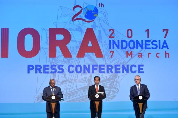 President Joko Widodo (center), Prime Minister of Australia Malcom Turnbull (right), and President of South Africa Jacob Zuma (left) delivering a joint press statement on the results of the Leaders' Summit. The Summit produces the Jakarta Concord which is an Action Plan of the IORA Member States to enhance the regional cooperation in facing future challenges.